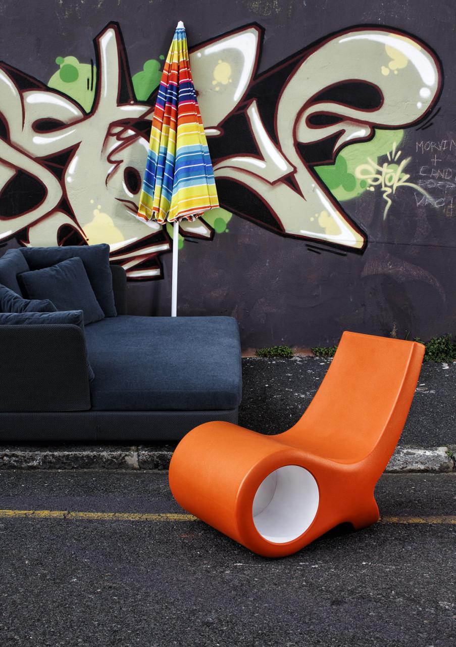 House & Leisure graffiti